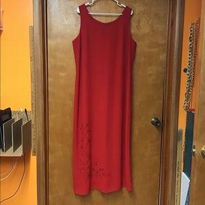 STUDIO l  women's long dress sz 16  red